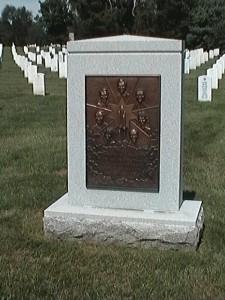 Pamätník obetiam havárie.