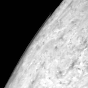 Oblak nad pokrajom disku Tritona