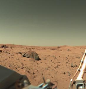 Fotografia z povrchu Marsu urobená sondou Viking 1. Zdroj