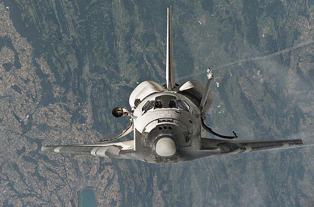 Discovery pred záverečným priblížením k ISS