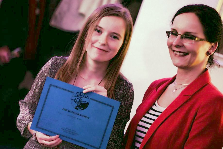 Trochu nečakane som si na krste oneskorene prebrala aj diplom Encouragement Award od ESFS (European Science Fiction Society) za rok 2015